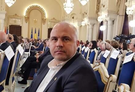 UPDATE Deputatul USR Emanuel Ungureanu acuza Ministerul Sanatatii ca a irosit 700.000 de euro, cumparand ilegal 1,2 milioane de doze de vaccin antigripal care nu acopera grupa de varsta 6 luni - 3 ani