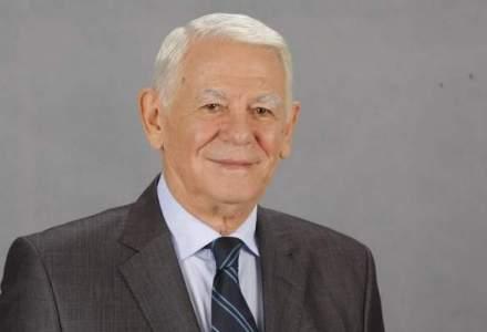 CCR discuta sesizarea privind alegerea lui Teodor Melescanu la conducerea Senatului