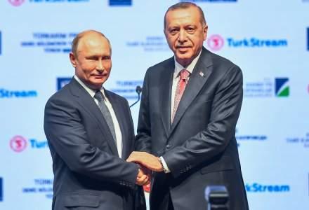 Ofensiva turca in Siria: Vladimir Putin l-a invitat pe Recep Tayyip Erdogan in Rusia ''in zilele urmatoare''
