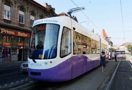 Romanii care repara trenurile din Gabon si vand tramvaie in Timisoara: Electroputere VFU Pascani