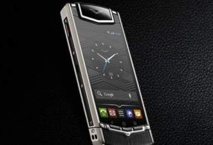 Ai 7.900 de euro? Cel mai nou model Vertu a fost lansat in Romania. Vezi video