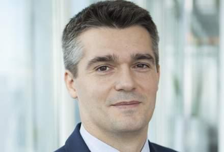 Economist strain: Introducerea monedei euro in Romania ar putea reprezenta un risc pentru cresterea economica, dar si pentru piata muncii