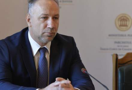 Lucrarea de doctorat a procurorului general Bogdan Licu va fi verificata de plagiat. Inalta Curte i-a respins cererea de suspendare