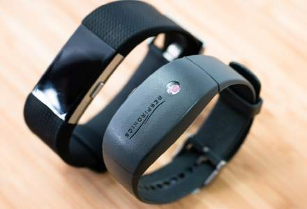 Google cumpara Fitbit si intra in competitie cu Apple