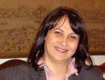 Liliana Hagicalil, Romar:...