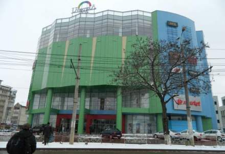 Traieste in Canada, face imobiliare in Botosani: cum arata si pe ce mizeaza un mall aflat in una din cele mai sarace zone UE (FOTO)