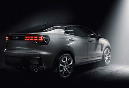 Lynk&Co publica primele imagini cu un nou model: constructorul chinez ar putea prezenta in curand un SUV coupe