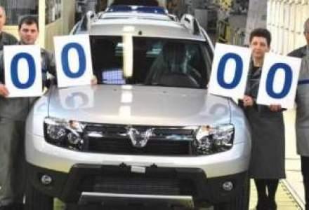 Dacia, stransa cu usa de angajati. Sindicatele nu renunta la cresterea salariala de 40%