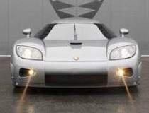 Supercar Koenigsegg cu patru...