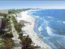 Numarul turistilor pe litoral...