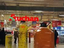 Auchan a colectat ulei...