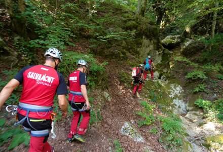 Salvamont Romania are nevoie de 150 de salvatori montani in urmatorii doi ani in contextul cresterii numarului de interventii