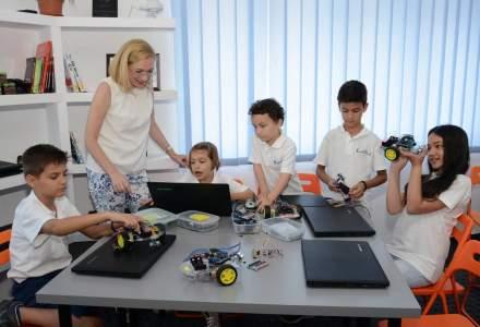 Academia Micilor Developeri: De ce copiii sub 8 ani ar trebui sa se joace cu Lego, nu cu device-uri