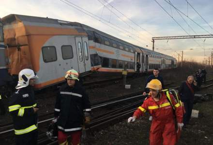 UPDATE Accident feroviar in Prahova: un tren de calatori si un tren de marfa s-au ciocnit