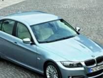 BMW recheama sute de mii de...