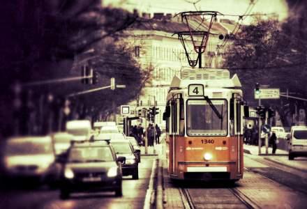 Atentie soferi! Se delimiteaza un nou culoar unic pentru tramvaie