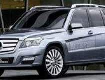 Mercedes-Benz promite un...
