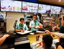 Cum a ajuns KFC traditia...