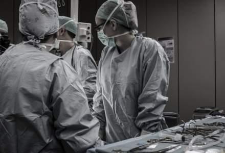 Pacienta arsa la Spitalul Floreasca, dezinfectata cu solutie pentru maini, care nu era compatibila cu electrocauterul