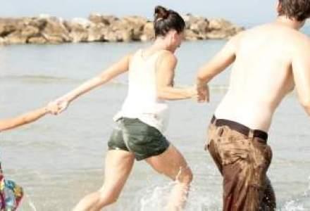 Patronatele din turism cer marirea vacantei de vara a elevilor