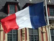 Franta intra din nou in...