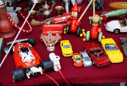 Sute de mii de articole de imbracaminte, parfumuri, cosmetice si jucarii contrafacute, confiscate anul trecut de politistii de frontiera