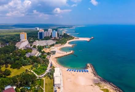 Numarul romanilor care isi cumpara vacante pe litoralul romanesc cu un an inainte a crescut cu 40% in 2019