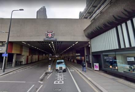 Londra interzice masinile diesel si pe benzina pe o strada din centru