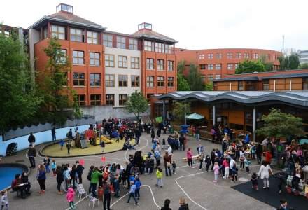 Un roman a coordonat renovarea in timp record a scolilor belgiene