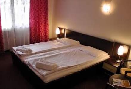 Cum arata doua hoteluri din Herculane, dupa investitii de 3,3 milioane de euro
