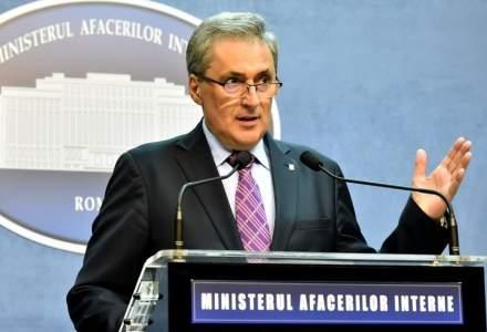 Ministrul de Interne reduce posturile de conducere