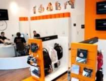 Orange redeschide magazinul...