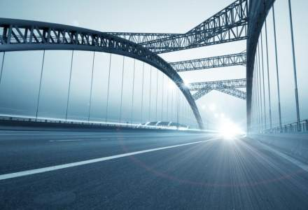 CNAIR a semnat contractul privind supervizarea proiectarii si executiei podului suspendat peste Dunare la Braila