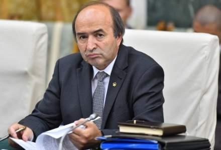 Mostenirea lui Tudorel. 1,5 milioane euro pentru bolile inchipuite din Ministerul Justitiei