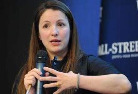 Carmen Peli: Fondurile mari de investitii se uita din avion la regiunea noastra ori piata romaneasca