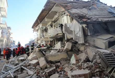 Cutremur in Turcia: bilantul a ajuns la 31 de morti si peste 1.600 de raniti