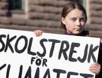 Greta Thunberg si-a...