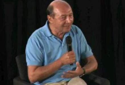 Traian Basescu: Comentariile negative pe Facebook sunt, de fapt, pozitive