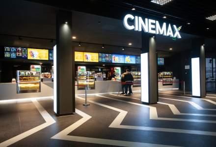FOTO Cum arata cel mai nou cinematograf din Bucuresti, unde iti vei putea comanda mancare de la restaurant in timpul filmului