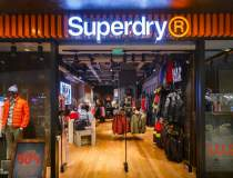Brandul de fashion Superdry a...