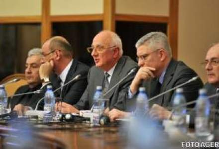 Conducerea ASF, formata doar din reprezentantii Puterii. Opozitia acuza: coalitia are apucaturi dictatoriale