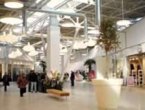 Primul mall construit de la...