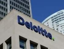 Deloitte, interzisa un an de...