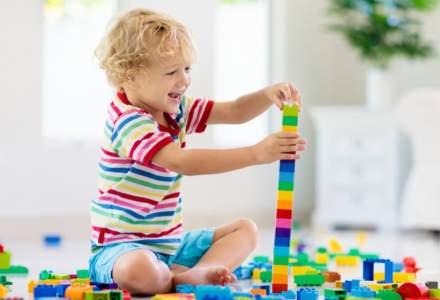 Guvernul ar trebui să ofere 500 de euro pentru al treilea copil şi 1.000 euro pentru al patrulea copil