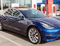 Tesla Model 3, mașina...