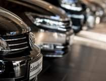 VW închide două centre de...