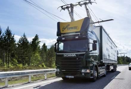 Cum funcţionează camioanele cu pantograf şi când le vedem pe străzi