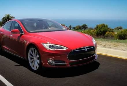 Câte mașini Tesla au plăcuțe de înmatriculare românești