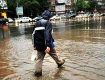 Inundatii in Capitala: sute...