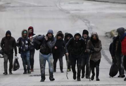 Imigranţi ilegali: cel puţin 13.000 de persoane la frontiera dintre Turcia şi Grecia
